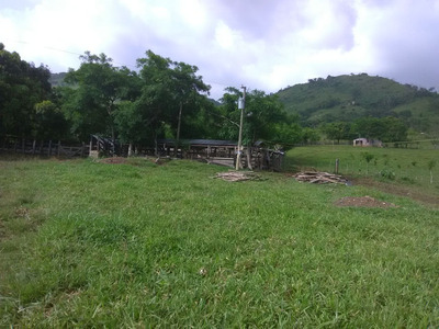 Te Vendo Terreno En Monte Plata (peralvillo)