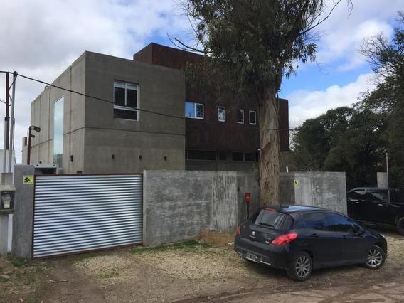 Casa En Venta En 13bis/421bis Y 422 Villa Elisa - Alberto Dacal Propiedades