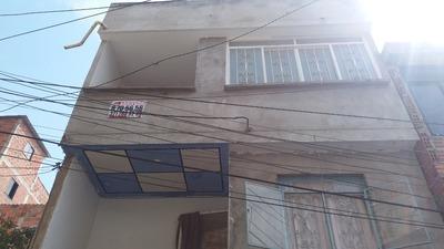 Se Vende Casa Con 3 Apartamentos Independientes