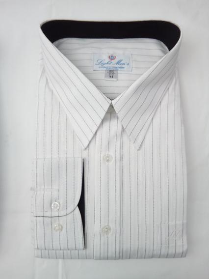 Camisa Blanca Con Rayas Negras Finas