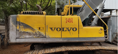 Escavadeira Volvo Ec240 Ar Cond Ano 2010