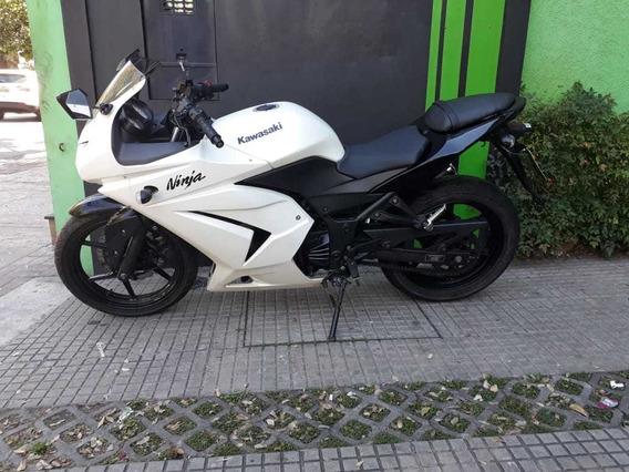 Kawasaki Ninja 250 Branca