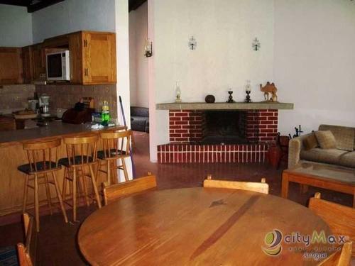 Imagen 1 de 5 de Se Vende Y Renta Casa En El Casco De Antigua Guatemala  - Pmc-003-05-14