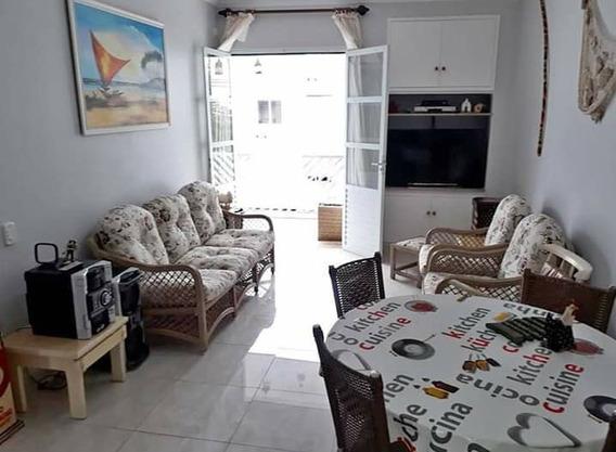 Apto Guarujá - Reformado, 2 Dormitórios 300m Da Praia