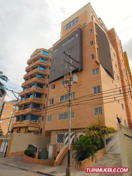 Penthouse En Venta Urb. La Soledad, Maracay 20-13922 Hcc