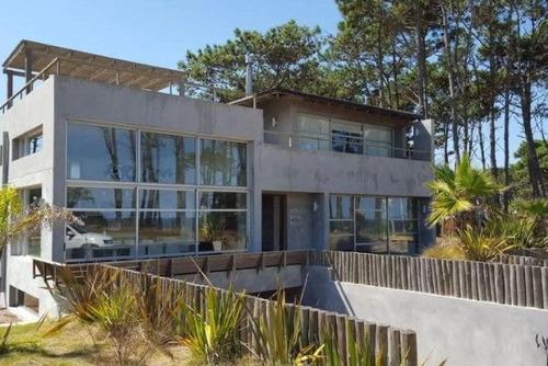 Casa En Venta De 4 Dormitorios En Pinar Del Faro