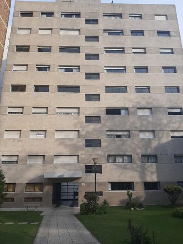 Apartamento, 2 Dormitorios, Malvin