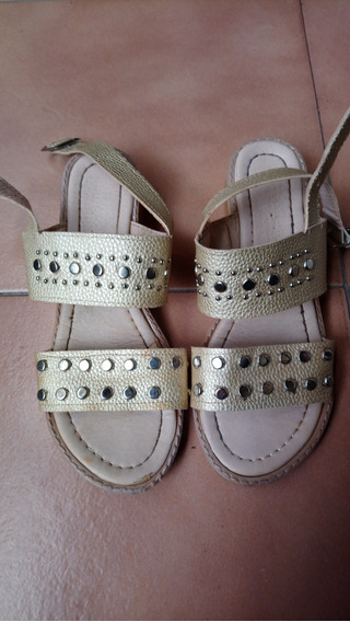 Sandalias Con Tachas Para Nena