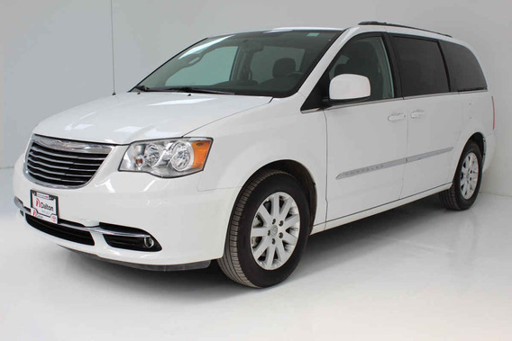 Chrysler Town & Country 2015 Touring