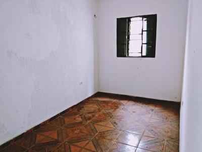 Edícula Com 2 Dormitórios Para Alugar, 45 M² Por R$ 600,00/mês - Jardim Pirajussara - Taboão Da Serra/sp - Ed0002