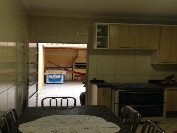 Casa 2 Dorm 2 Suites 2 Vagas - 9485