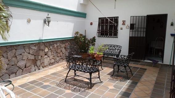 Santo Domingo, Casa, Venta, Av. Independencia, 2 Niveles