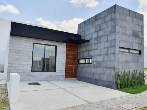 Casa Nueva En Renta De Una Planta En Lomas De Angelópolis