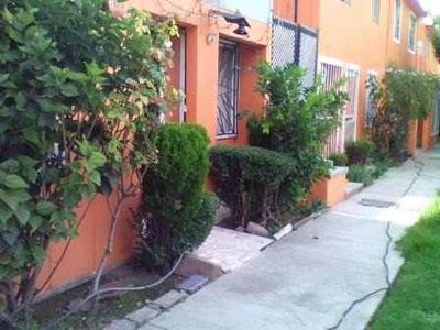 Casa Duplex, Cerca De Plaza Coacalco