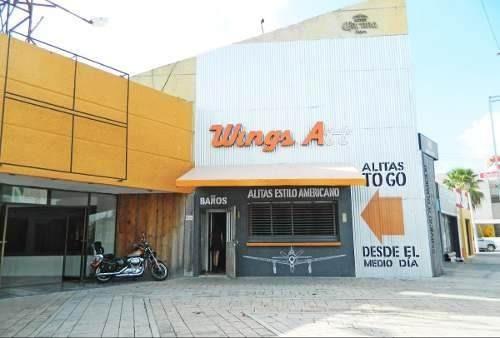 Local Comercial En Plaza Sobre Prol. Montejo