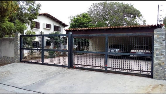 Casa Urb. Sabanamar... Isla De Margarita.