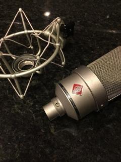 Micrófono Neuman Tlm103