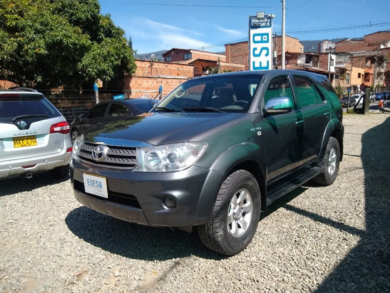 Toyota Fortuner Automática 4x2 2011