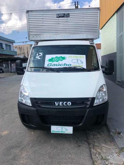 Iveco Daily 35s14 Cabine Dupla Bau Novo