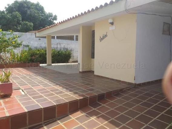 Casa En Alquiler. Altos De La Vanega. Mls 20-9150. Adl.