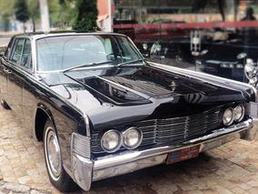 Lincoln Sedan 1965