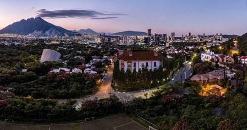 Departamento En Zona Residencia Chipinque, San Pedro Garza García