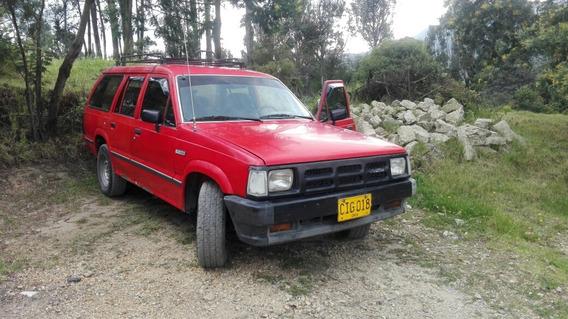 Mazda B2200 B2200