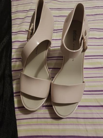 Sapato Plastico