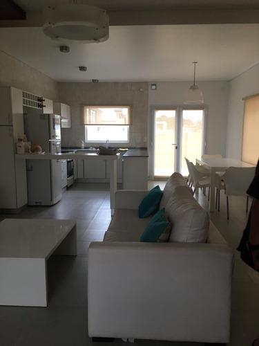Condominio A Estrenar En Venta 3 Ambientes En Pinamar