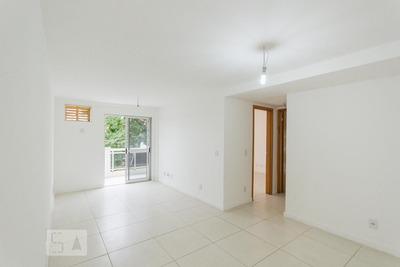 Apartamento No 1º Andar Com 2 Dormitórios E 1 Garagem - Id: 892934880 - 234880