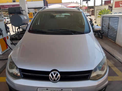 Imagem 1 de 8 de Volkswagen Crossfox 2011 1.6 Vht Total Flex 5p