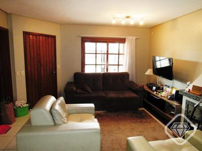 Casa 3 Dormitorios, Suite E Vaga De Garagem - V-973