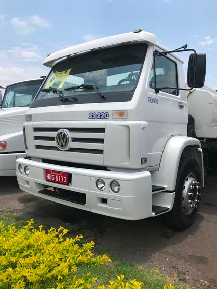 Vw 23220 / Truck / Tanque 15.000 L / Ano:2004