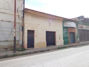 Local En Venta La Candelaria Valencia Carabobo 20-7112 Rahv