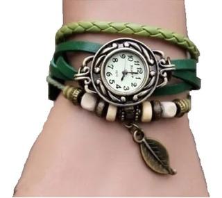 Relógio Feminino Pulseira Couro Verde Claro Com Pingente