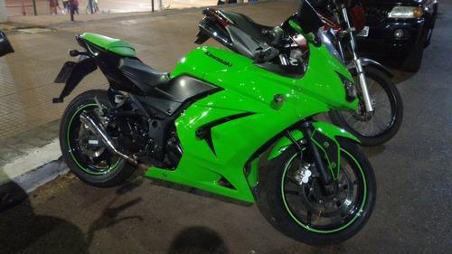 Imagem 1 de 7 de Kawasaki Ninja 250r Usada. Em Perfeito Estado. 35000km.
