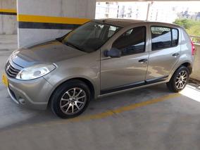 Renault Sandero 2011