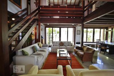 Casa Com 6 Dormitórios E 4 Garagens - Id: 892871002 - 171002