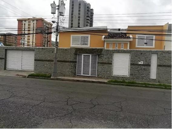 Quinta En Andres Bello 04243368365