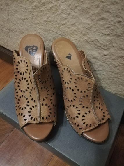 Sandalias Altas Color Abano - Caladas. Talle 36.5