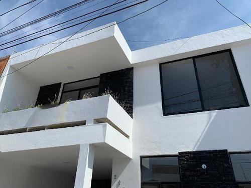 Casa En Venta En Santa Elena