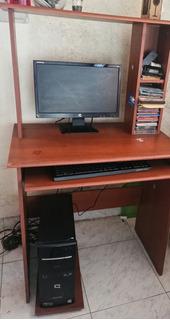 Computador De Mesa Compac Y Su Escritorio!!