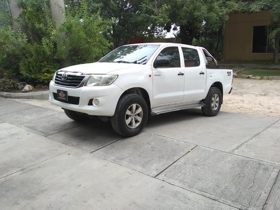 Toyota Hilux Doble Cabina 4x4 Diesel 2013