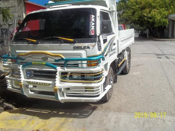Daihatsu Volteo Año 2007 Perfectas Condiciones 809-854-3386.