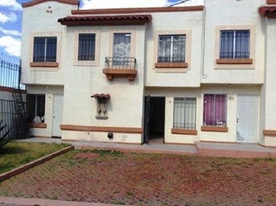 Casa En Renta Fracc. Villas Del Real, Tecámac