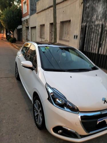 Peugeot 208 1.6 Feline 2018