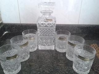 Juego De Licorera Con 6 Vasos De Cristal De Bohemia