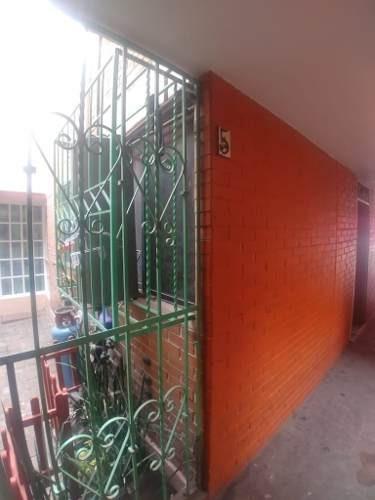 Venta Departamento Tlahuac Planta Baja.