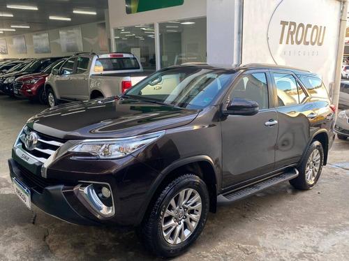 Toyota Hilux Sw4 2.7 Srv 7 Lugares 4x2 16v Flex 4p