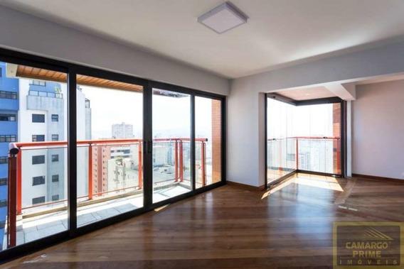 Apartamento Totalmente Reformado Com 226 Metros De Área Útil Abaixo Do Preço De Mercado! - Eb86057